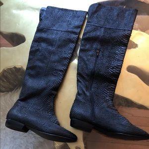 Kelsi Dagger Black snake skin Boot